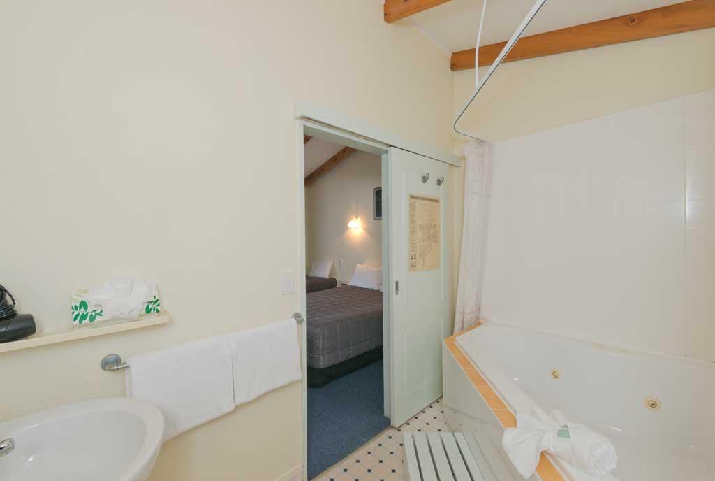Paihia Accommodation With Spa Bath